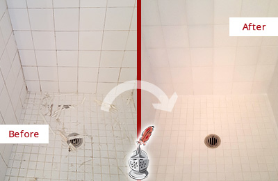 Before and After Picture of a Bay Lake Bathroom Re-Caulked To Repair Damaged Caulking