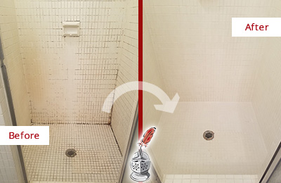 Before and After Picture of a Kissimmee Bathroom Grout Sealed to Remove Mold